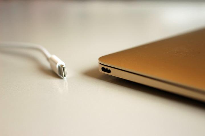 Perbedaan USB Type A, Type C dan Lightning