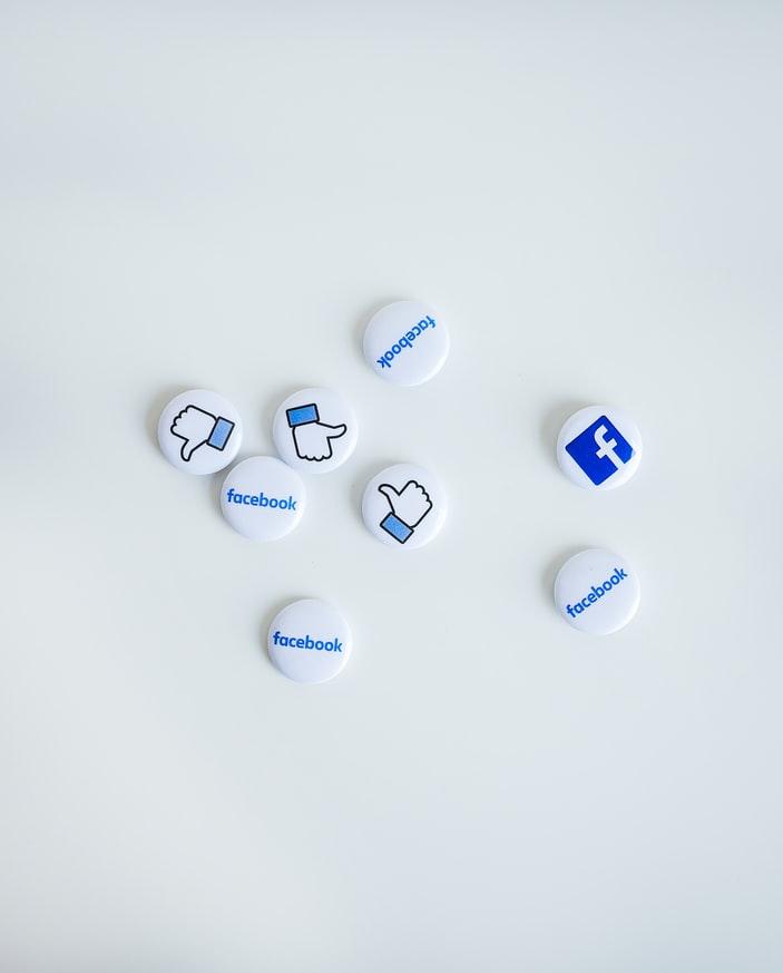7 Cara Mengindentifikasi Fake Account di sosial media