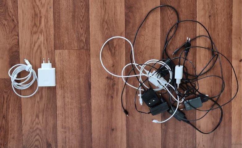 Cara Mengatasi Layar Handphone Bergerak Sendiri(Ghost Touch)